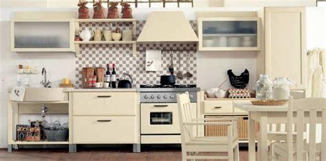 modern country kitchen decor la cuisine de style cagne italienne revisit 233 e par 7597