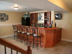 Image of: Home Bar Design Take A Look With Some Basement Decorating Ideas For A Big Creation
