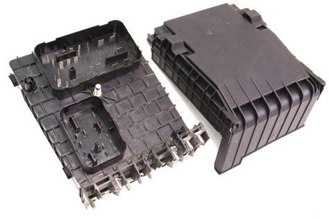 engine bay fuse relay box   vw jetta rabbit mk