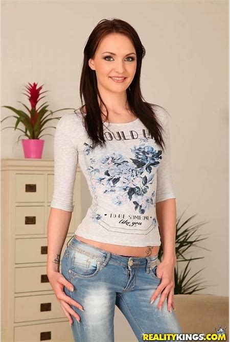 Watch MikesApartment scene Beautiful Belle featuring Belle Claire Browse FREE pics of Belle ...