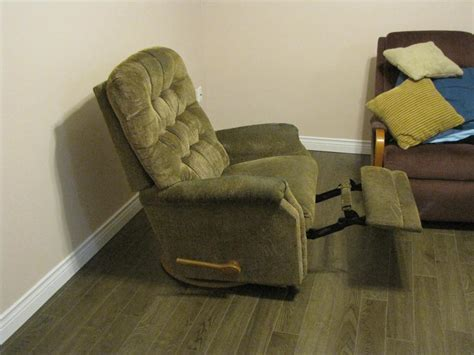 olive green lazy boy swivel recliner rocker stratford pei