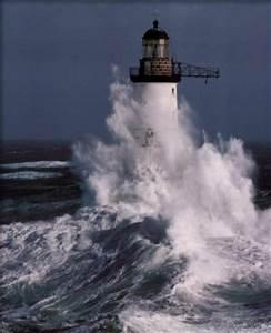 Leuchtturm Ar Men : faros y fareros faros sus soledades sus tormentas ~ Buech-reservation.com Haus und Dekorationen