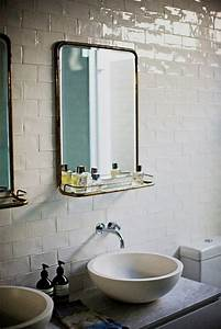 Miroir Étagère Salle De Bain : le miroir salle de bains en 17 exemples modernes salle de bain pinterest salle de bain ~ Melissatoandfro.com Idées de Décoration