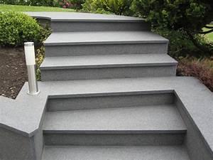 Betontreppe Sanieren Aussen : betontreppe mit granit belegen preis innentreppen aus granit beton marmor und naturstein ~ Frokenaadalensverden.com Haus und Dekorationen