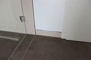 Fliesen Wand Bad : datei fliesen schiene anschluss andere oberfl chen jpg wikipedia ~ Markanthonyermac.com Haus und Dekorationen