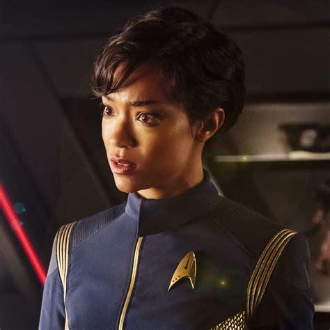 trek burnham star michael discovery female tv characters popsugar movie