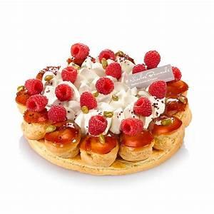 Dolce Vita Puff : saint honor aux fruits rouges passionn ment framboise fraise ou cerise selon la saison ~ Frokenaadalensverden.com Haus und Dekorationen