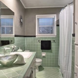 vintage green tile bathroom   finally decided