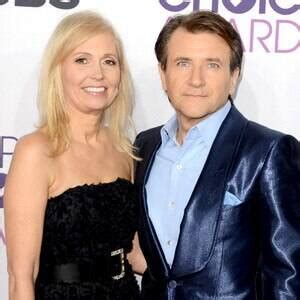 shark tanks robert herjavec  wife diane split   news