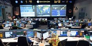 NASA centra: Mission Control Center - Spacepage