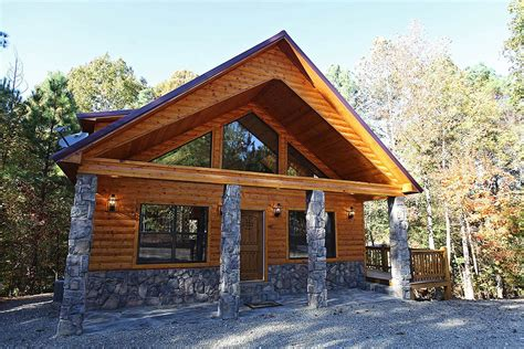 cabins in oklahoma the oasis cabin in broken bow ok sleeps 2