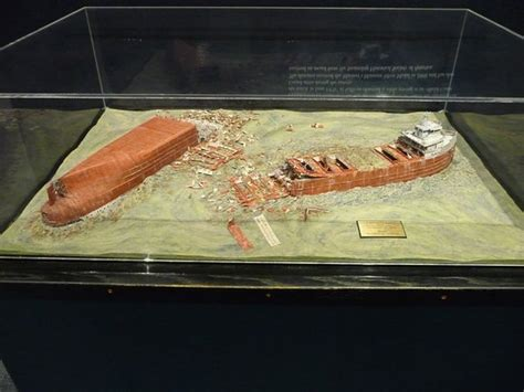 Model of wreck of Edmund Fitzgerald - Picture of Wisconsin ...