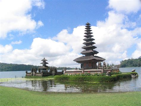 Bali Indonesia Tourism (2018) Travel Guide Top Places