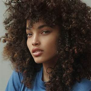 11 Tips for Washing Kinky-Curly Hair the Right Way | Allure
