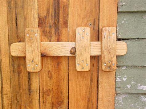 door latch barn doors  fence gates backwood