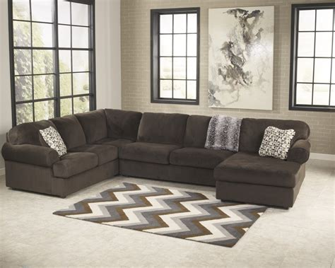 chaise pc jessa place chocolate 3 pc raf chaise sectional 39804