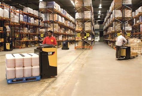 warehouse equipment pallet trucks reach trucks