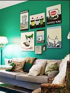 Salon Vert De Gris : peinture de salon couleur vert meraude avec canap gris ~ Melissatoandfro.com Idées de Décoration