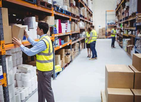 ways  set  warehouse workers  success