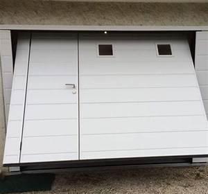 porte de garage basculante avec portillon et hublots With porte de garage basculante avec portillon