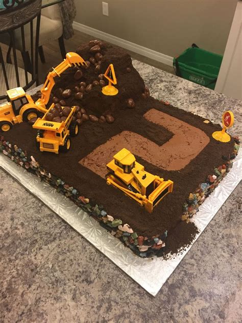 construction cake ideas best 25 digger cake ideas on digger birthday 3026