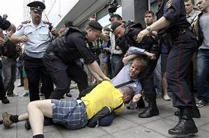 Russia: Schoolboy Joins Attack on Gay Protester in Moscow ...