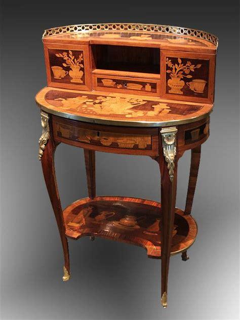 bureau bonheur du jour ancien 1000 idées à propos de bureau de secrétaire antique sur