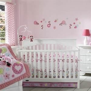 decoration pour la chambre de bebe fille archzinefr With déco chambre bébé pas cher avec fleurs pour naissance fille