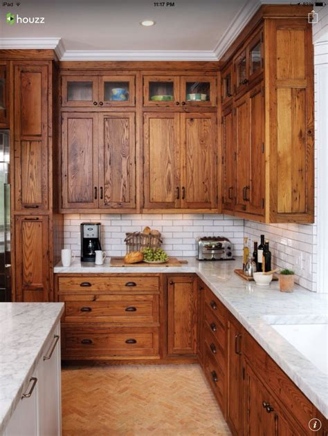 cabinet designs for kitchen 25 best ideas about rustic cherry cabinets on 5052