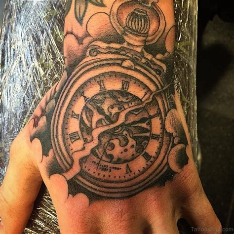 47 Excellent Clock Tattoos For Hand