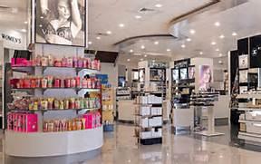 Cosmetic Store Interio...