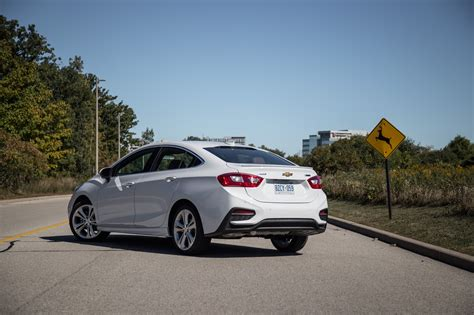 review  chevrolet cruze premier canadian auto review