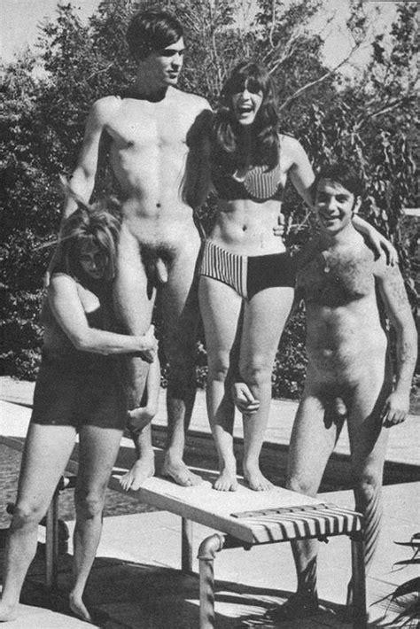 Vintage Cfnm Swimming Hot Girls Wallpaper Sexy Babes