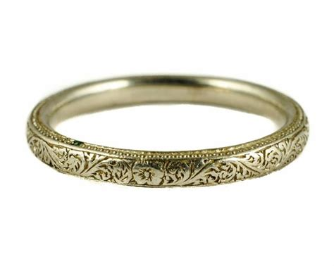 Stunning English Antique Art Deco Platinum Wedding Band