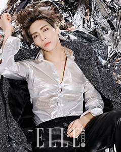 ASK K-POP [ASKKPOP] SHINee's Jonghyun shows a flash of abs ...