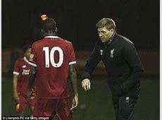 Steven Gerrard licking his lips at facing Nicky Butt again