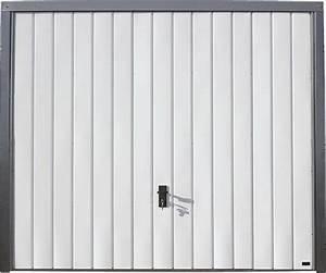porte de garage basculante blanche h200xl240 bricoman With porte de garage bricoman