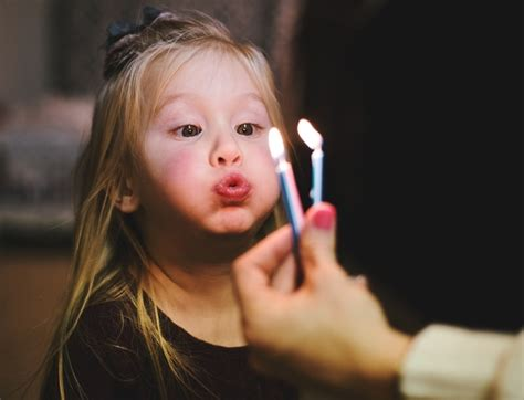Soplar las velas en tu cumpleaños es más peligroso para tu