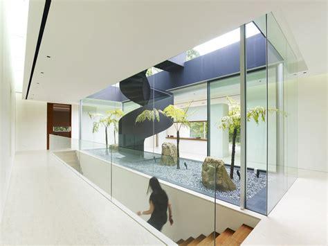 ongong jkc house