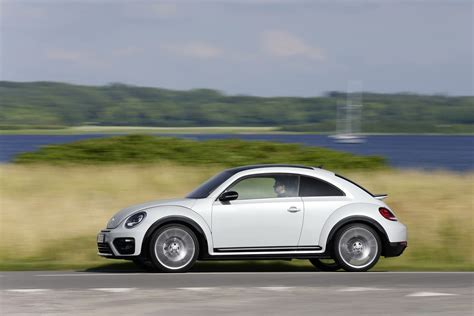 volkswagen beetle 2017 volkswagen beetle detailed in new photos and videos
