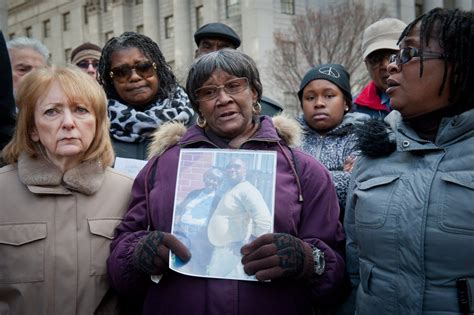 Mom Son Who Died Nypd Custody Gets Settlement