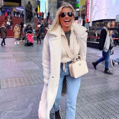 Billie faiers took to the rink on sunday for her dancing on ice debut. Work with Billie Shepherd | Reality TV Star | Influencer ...