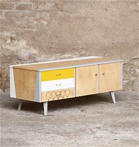 Meuble Bas Entrée : meuble bas tv vintage motifs graphique jaune et blanc ~ Edinachiropracticcenter.com Idées de Décoration