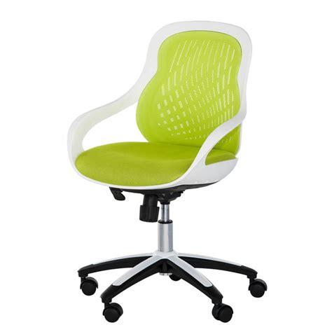chaise de bureau pivotante chaise pivotante de bureau ben coque blanche home24 fr