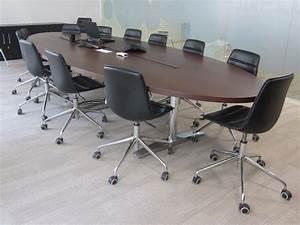 Table 12 Personnes : table de r union 10 12 personnes chaises adopte un bureau ~ Teatrodelosmanantiales.com Idées de Décoration