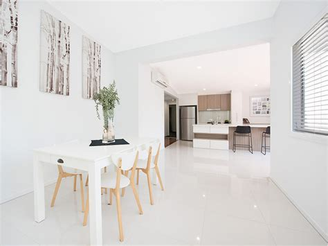 Matt Or Gloss Bathroom Tiles by Gloss Or Matt Tiles Choosing The Right Flooring Tile