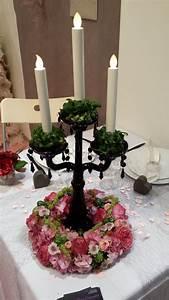 Chandelier De Table : chandelier agr ment d 39 une couronne de fleurs centre de table pinterest couronne de ~ Melissatoandfro.com Idées de Décoration