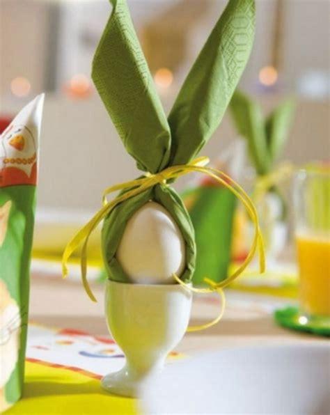 Tisch Eindecken Zu Ostern 6 Einfache Servietten Falttechniken Fuer Ein Froehliches Osteressen by Servietten Falten Ostern Servietten Falten Ostern
