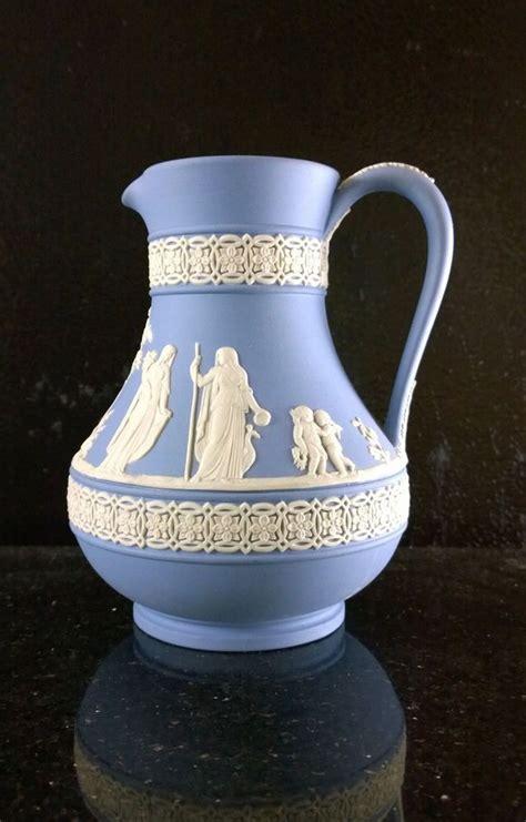 Wedgewood Vase - 10 best images about wedgewood jasperware on
