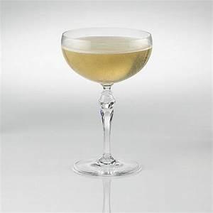 Coupe à Champagne : fusion deco champagne coupe glasses set of 4 wine enthusiast ~ Teatrodelosmanantiales.com Idées de Décoration